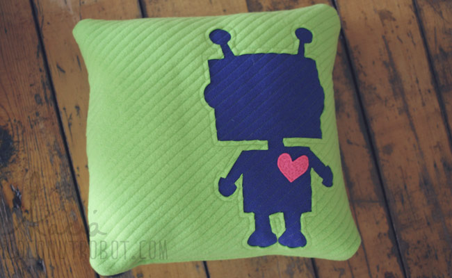 blankets, robots + big mommy hearts